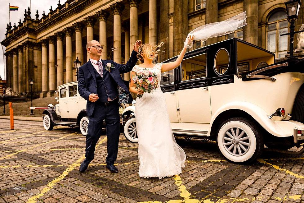 Leeds wedding photographer Louise & Chri
