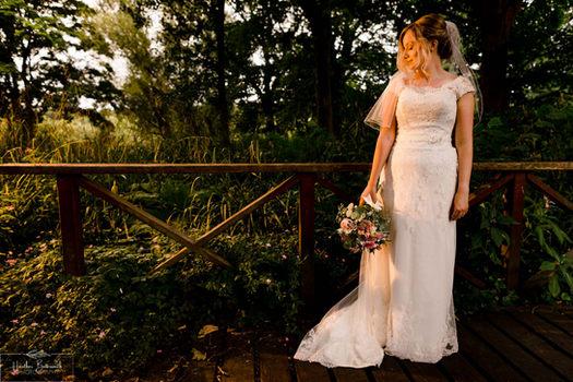 Yorkshire documentary wedding photography at Kirkstall Abbey