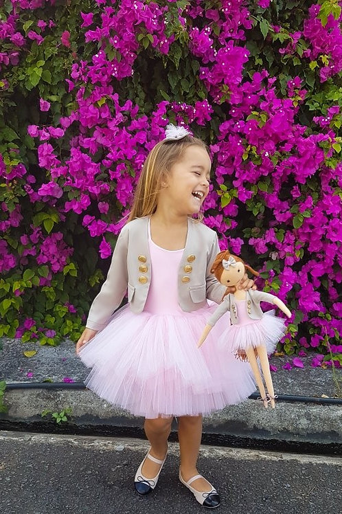 Parisa Set With Doll