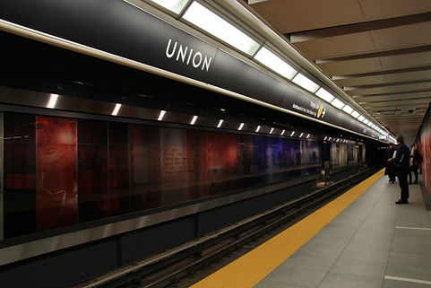 toronto-subway-font-at-union-station.jpg