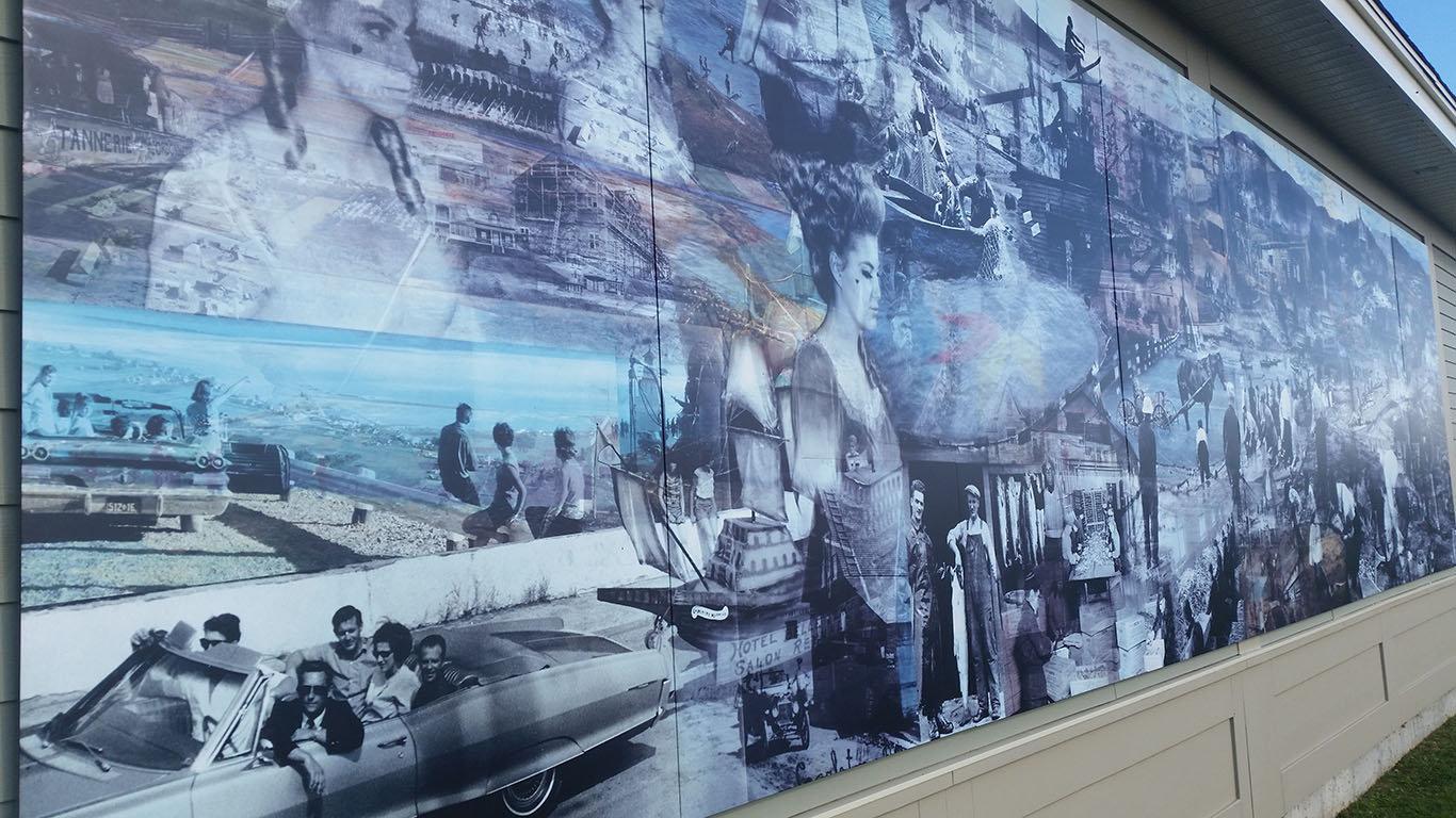 ALTO Aluminum Exterior Durable Mural.