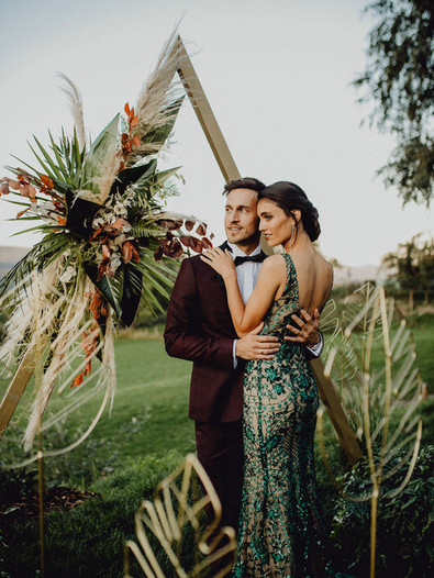 Hochzeit Fernblick, Grünes Hochzeitskleid, Hochzeits Smoking, 20er Jahre Hochzeit,  Ivory Rose Photography