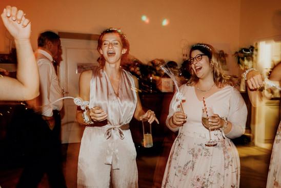 natürliches hochzeitsfoto, partyfotos hochzeit, hochzeitsfeier,  Ivory Rose Photography