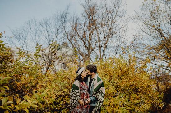 Schwangerschaftsfotos im Herbst, Outdoor Fotoshooting