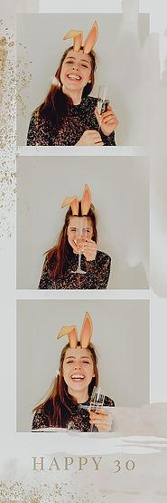 Fotobox Wien, Fotobox mieten Wien, Niederösterreich und Burgenland, Designfotobox aus Hoz, Fotobox mit Stil, Fotobox mit Giffunktion, Gif Eve Fotobox, Fotostreifen, Fotobox mit Druck, Fotobox Firmenevent, weihnachtsfeier Fotobox mieten