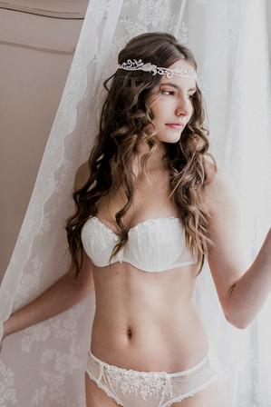 brautschmuck, boudoirshooting, braut, sinnliche braut, unterwäsche fotos, boudoir fotos wien, brautwäsche, lingerie fotoshooting