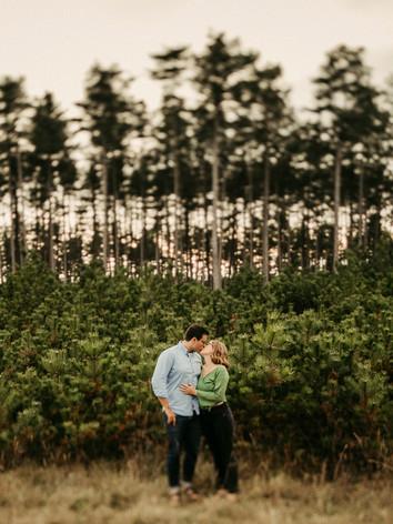 natürliche Paarfotos, Natur, Ivory Rose Photography