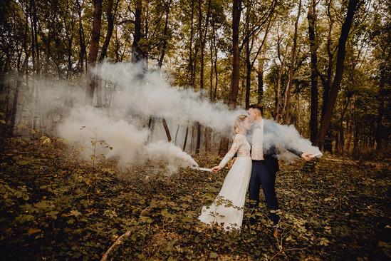 Boho Hochzeitsfoto, Rauchbombe, Ivory Rose Photography, Hochzeit Prater, Waldhochzeit