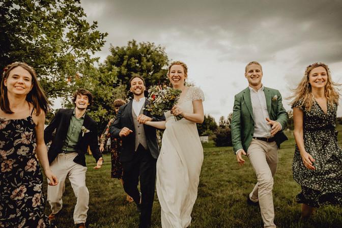 ungestelltes Gruppenfoto Hochzeit,  Ivory Rose Photography