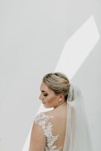 brautportrait, vintagebraut, vintagehochzeit, blumenkranz, Hochzeitsstrauß, Hochzeit Gabrium, Boho Hochzeit, Hochzeitsfotos, Hochzeitsinspiration