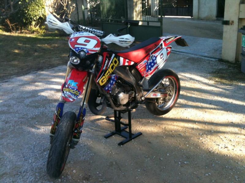 Kit déco perso moto HM 125 SM