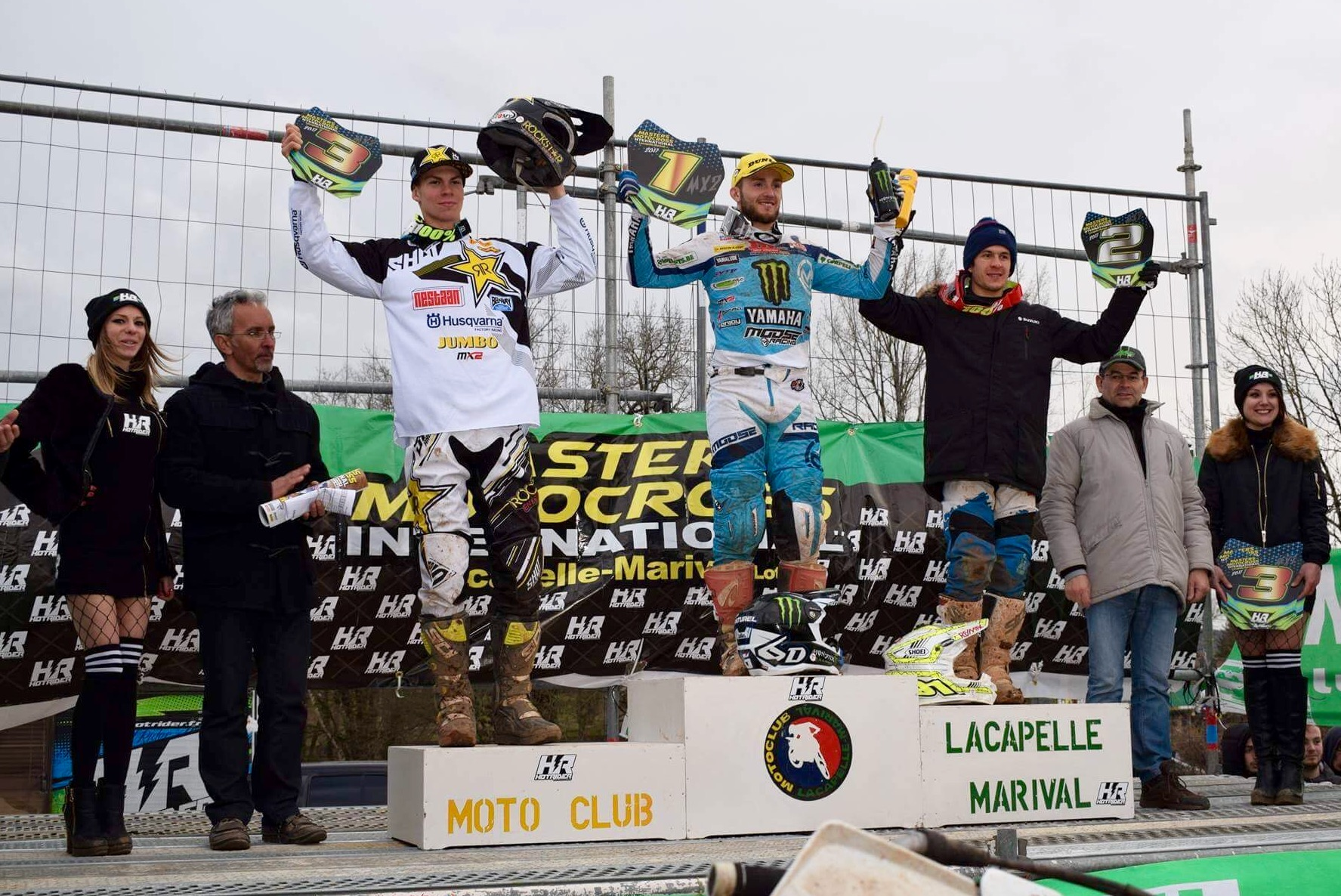 Podium MX2 Lacapelle