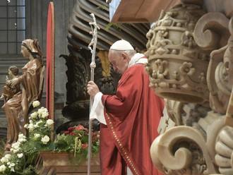 Papa: a única medida possível para quem segue Jesus é amar sem medida
