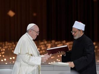 Papa Francisco: há um oceano oculto de bem que nos faz esperar por um mundo de paz