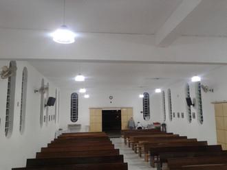 Capela São José Operário está com nova e eficiente iluminação.