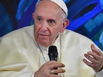 Papa sobre bullying: jovens, encontrem a própria identidade sem diminuir o outro!