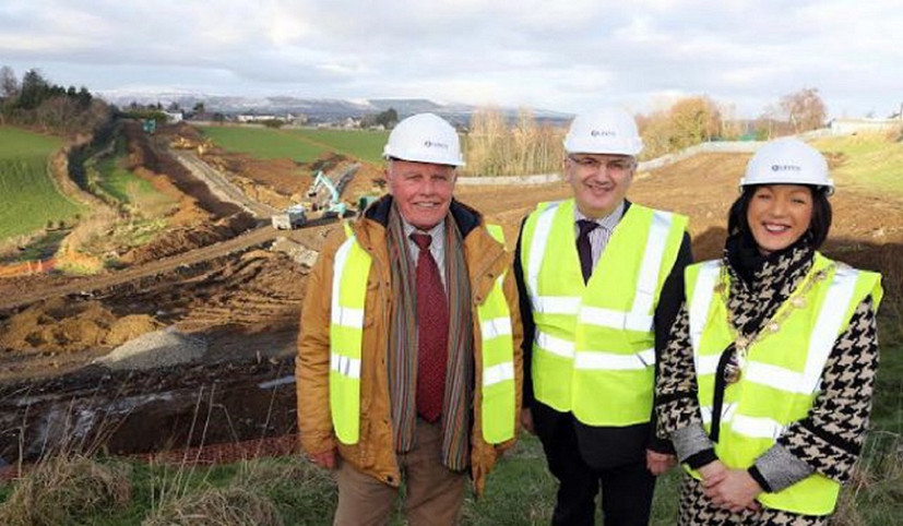 minister-visits-derry-to-view-progress-o