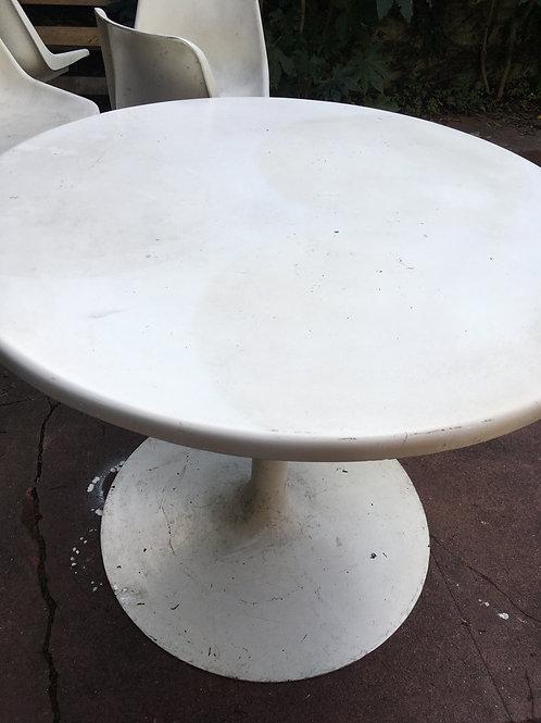 Mesa circular pé central