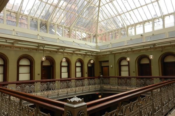 5 Beekman Street, Atrium