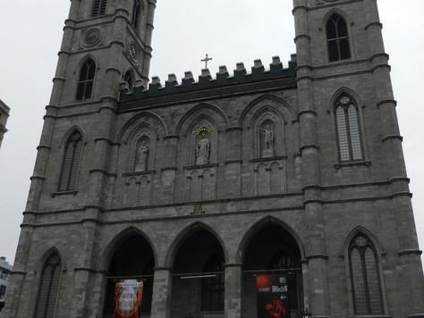 La basilique Notre-Dame de Montréal et le spectacle Aura