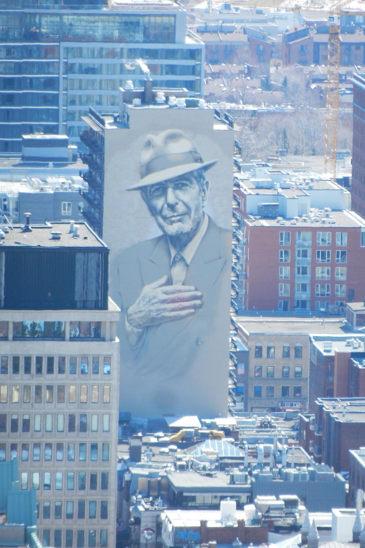 Murale Leonard Cohen vue depuis le Mont-Royal, photo Genevieve Arseneault