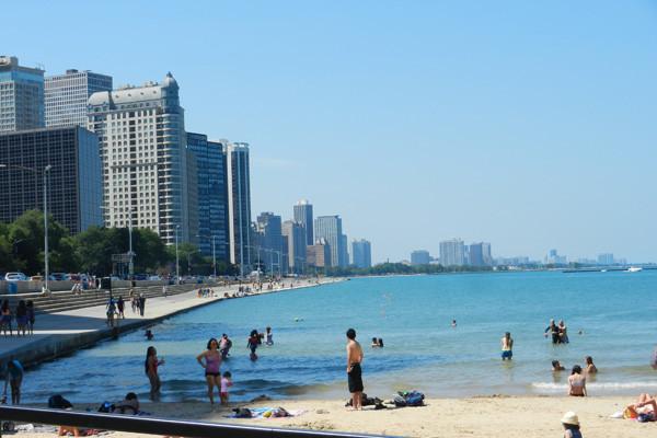 Ohio Street Beach, Chicago, photo Genevieve Arseneault