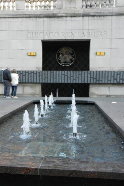 Vietnam Veterans Memorial Plaza, Chicago, photo Genevieve Arseneault
