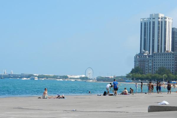 Oak Street Beach, Chicago, photo Genevieve Arseneault