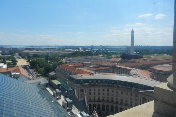 Vue sur le Washington Monument depuis le Old Post Office