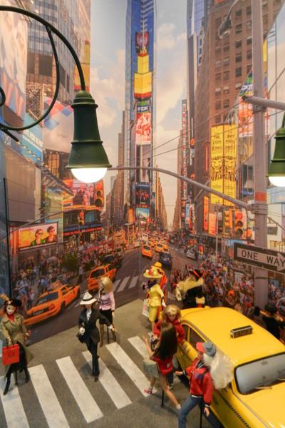 Barbie Expo, Times Squares, photo Genevieve Arseneault