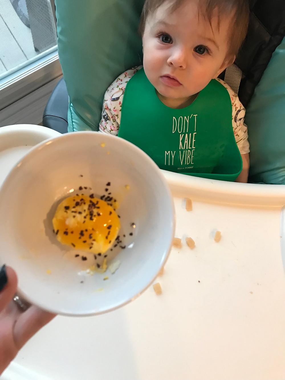 BLW : Egg yolk, dulse flakes