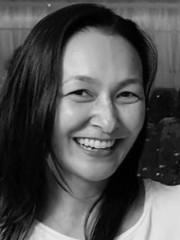Dra. Thais Uyeda