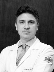 Dr. Fabiano Moraes