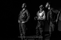 the_brothers_size_1602_0137
