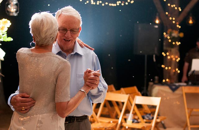 couple-dancing-at-their-golden-wedding