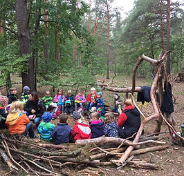 waldkindergarten gathered.jpg