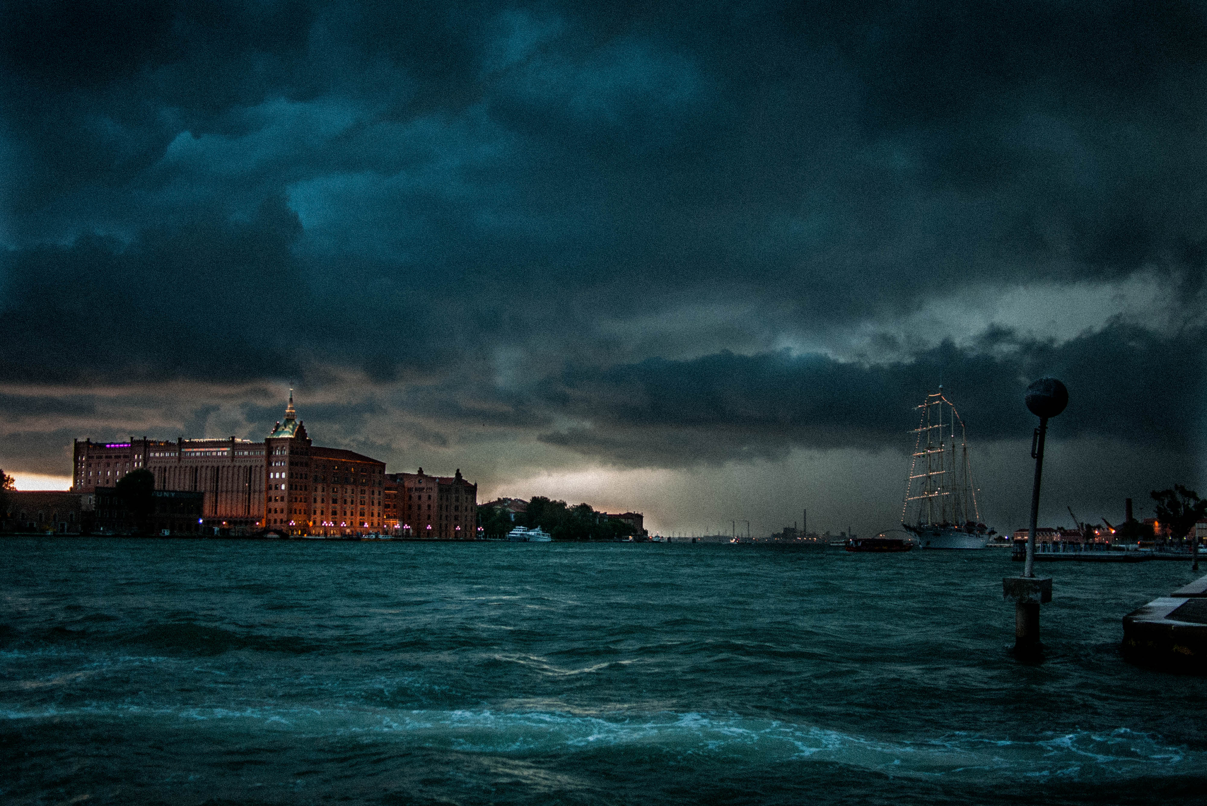 Storm in Venise #9