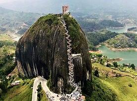 Tour Guatapé y el Peñol  - PanaJam Tours