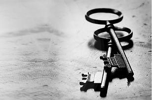 Réparation et remplacement de serrures anciennes, clés antiques. Région de Québec et Rive-Sud