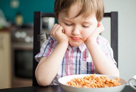 L'enfant qui veut toujours manger la même chose