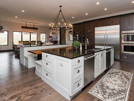 Rustic Mountain Custom Kitchen in Waukee, Iowa