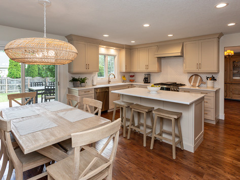 Coastal Casual Kitchen Remodel – Before & After Photos