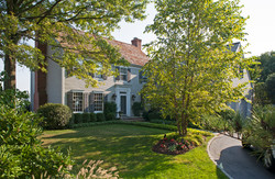 Traditional Residence in Stamford CT