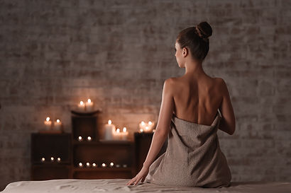 Beautiful young woman relaxing in spa sa