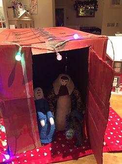 Overnight_in_Sienna's_homemade_shelter.j