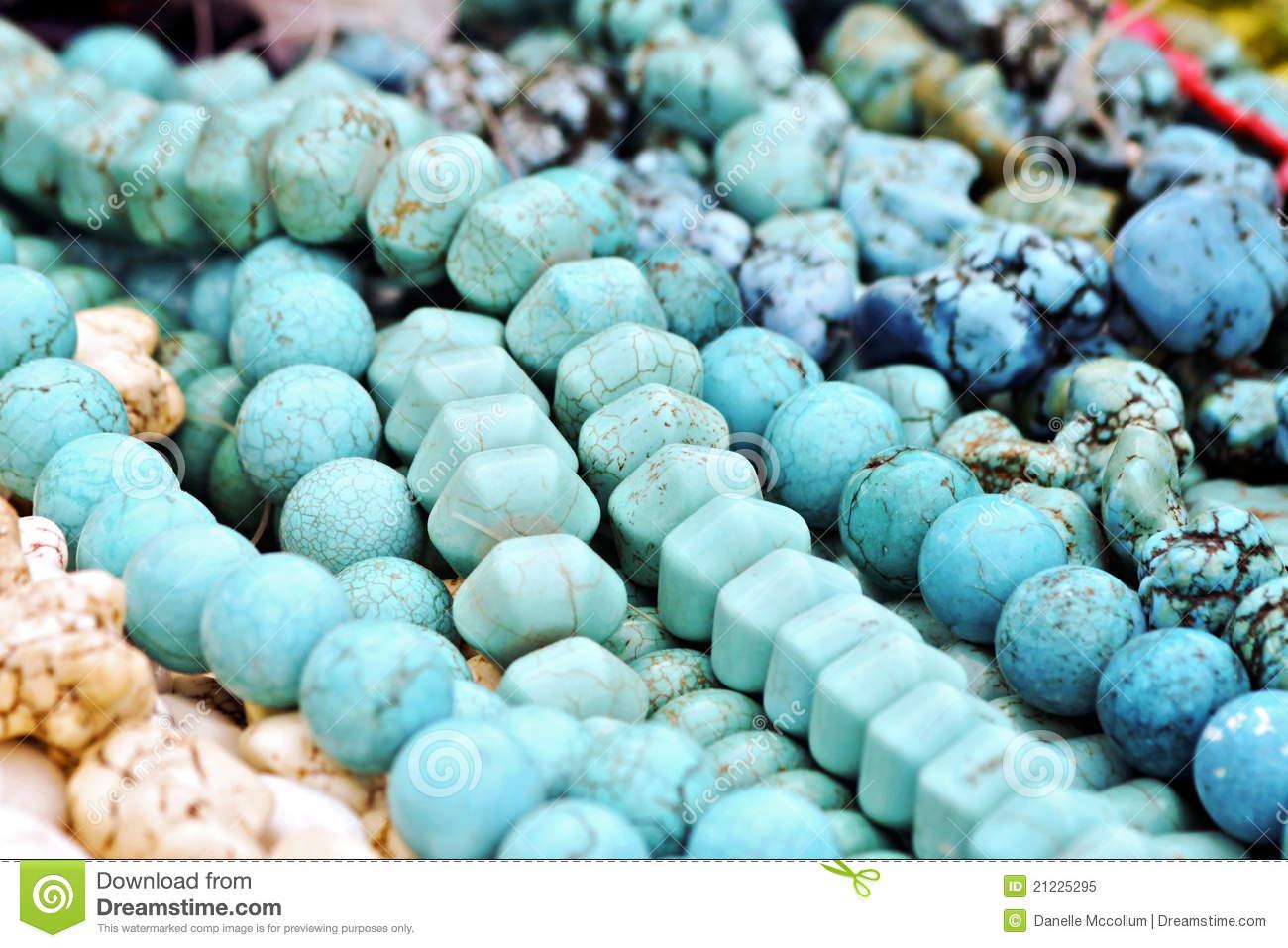 turquoise-beads-21225295.jpg