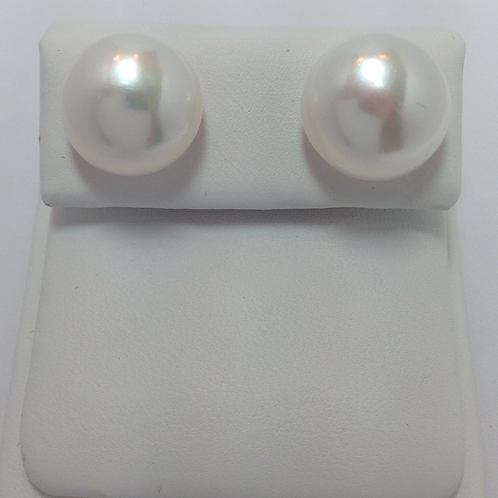 Fresh Water Half Drilled Button Pearls 13-13.5mm