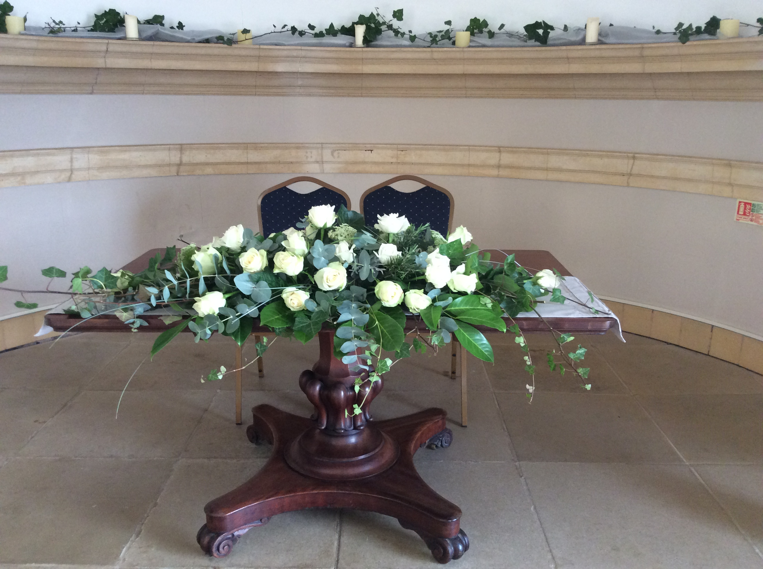 Top table arrangment