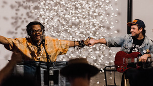 Lonnie Holley Performs with Lee Baines III