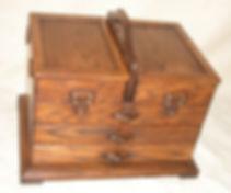 Bespoke oak craft storage chest